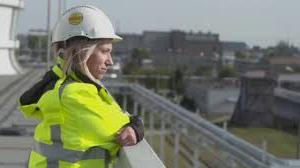 Kobieta na budowie 2